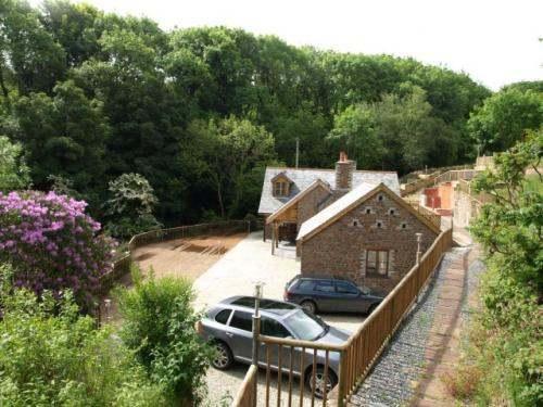 Woody Brooke Cottage