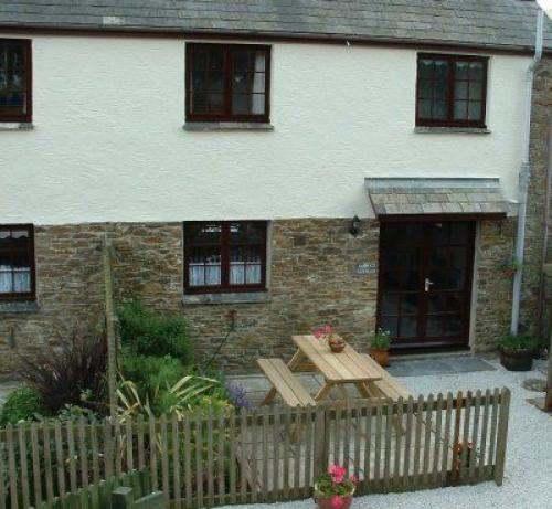 Demelza's Cottage, Tucoyse Farm Cottages,