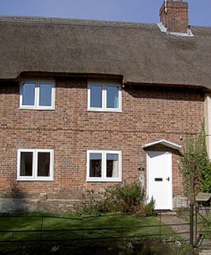 2 Glebe Cottages